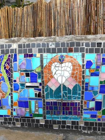 wall mosaic finished 006 - Copy.JPG
